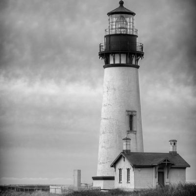 Stunning image of Yaquina Head Lighthouse in Newport, Oregon